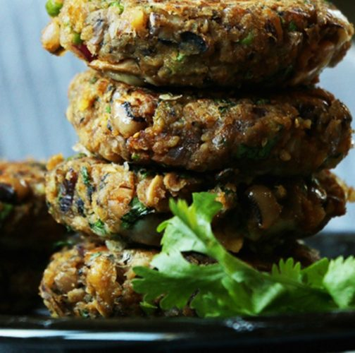 Black-Eyed-Pea-Veggie-Burger